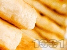 Рецепта Пирожки от домашно тесто с мая и плънка от кайма (или кълцано месо) и зеле печени на фурна за закуска